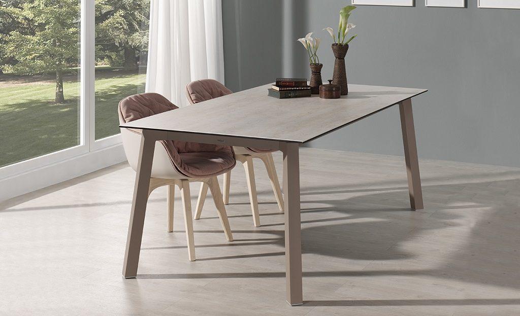 Table Merlot de Moblibelica